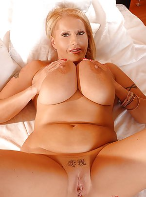 Big Tits Mature Pics