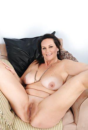 Sexy Mature Pics