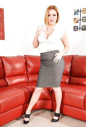 Blonde Mature Pics